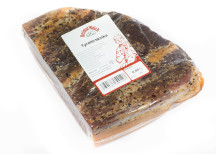<p>Klass Lufttorkade/kallrökta hela köttprodukter<br /> Helmut Walch charkuteri<br /> Tyrolerschinken</p>